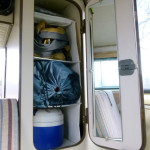 Vanagon-Westfalia-bedroom-closet