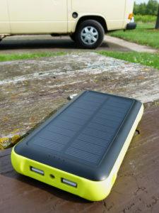 ZeroLemon-Solar-Charger-ports