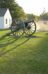 fort-wilkins-cannon